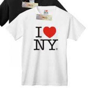 """NWT I Love NY aka """"The Big Apple"""" T-shirt Medium"""